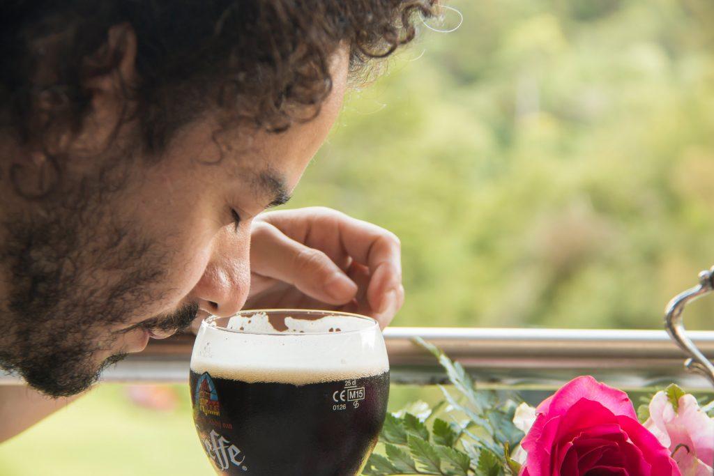 la-madeleine-leffe-brune-foodie-tour-belgas-cerveza-oscura-guatemala-pablo-bromo-nicolas-vanzetto-belga