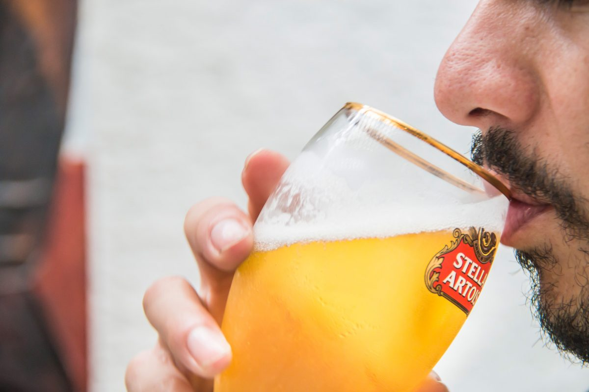 donde-marios-stella-artois-cerveza-lager-tour-belgas-carretera-salvador-muxbal-guatemala-restaurantes-intro-pablo-bromo-foodie-tour