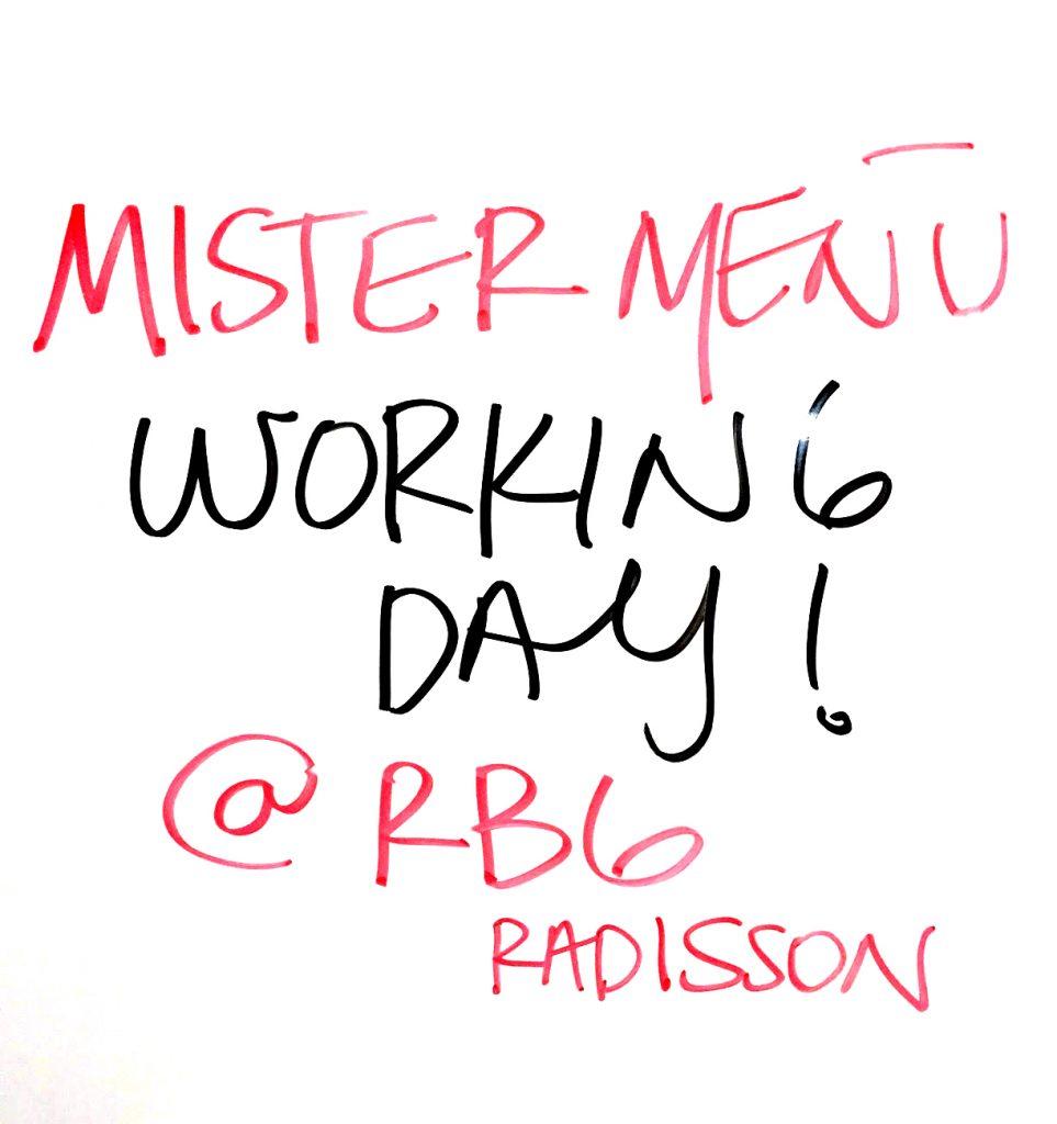 rbg-radisson-bar-grill-working-day-mister-menu-restaurante-oficina-sala-negocios-privada-trabajo-servicios-pizarron-marcadores