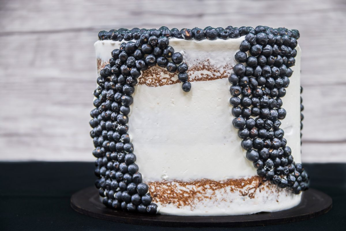paola-bartolome-sweet-brooklyn-pastel-blueberries-gold-medal-guatebakers