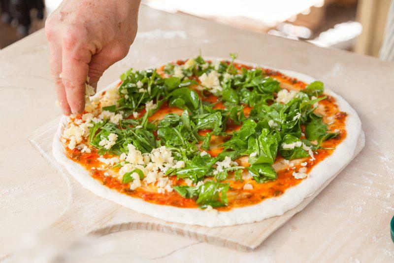 Pizza de Caoba Café
