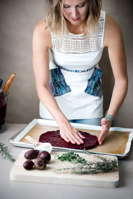 Usa las manos para obtener una masa ideal en grosor y textura