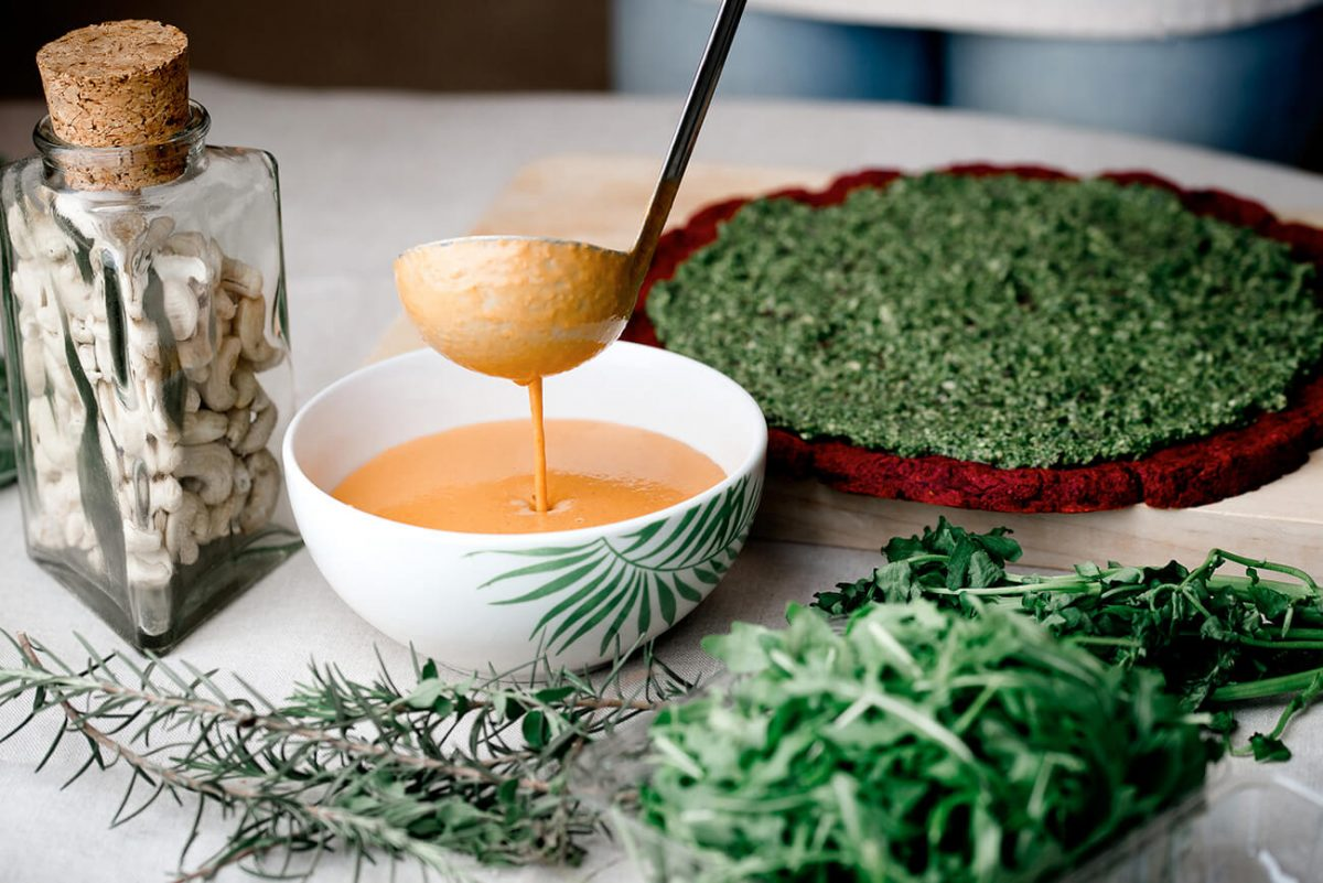 Sopa de Tomate a base de grasas saludables